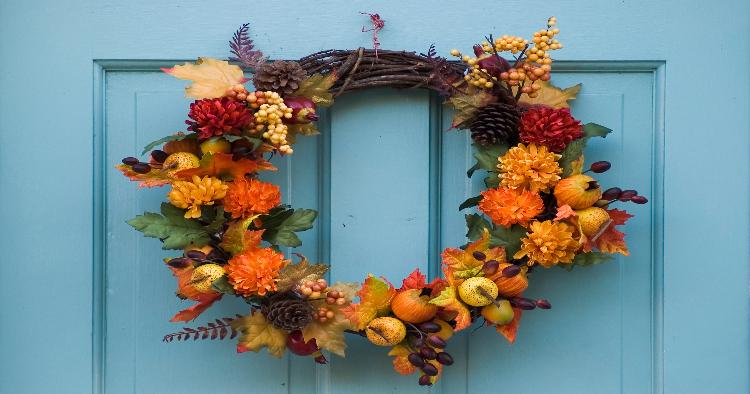 TRICK OR TREAT GLITTERED SIGN DIY Wreath Craft Halloween Candy Corn Door Décor