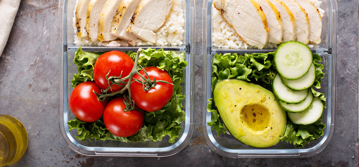 Chicken rice and salad meal prep