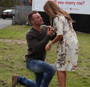man proposing to girlfriend